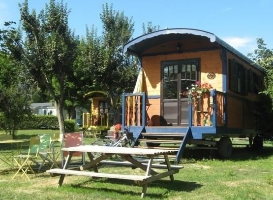 Gien_camping_touristique_03