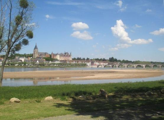 Gien_camping_touristique_04