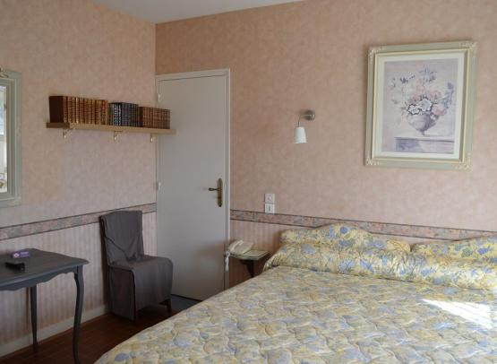 hotellecastel-brissacquince-49-5-1138381