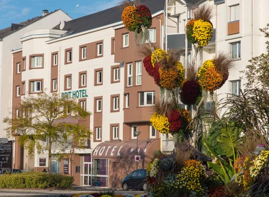 BRIT-HOTEL-LE-CHEOPS--1