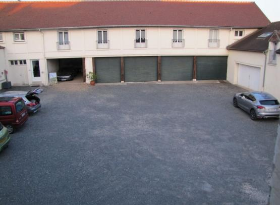 Briare- Hôtel le Cerf-Parking