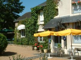 hotellecastel-brissacquince-49-1-1138376